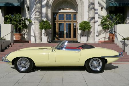 1966 Jaguar E-Type SI 4.2 2dr Roadster