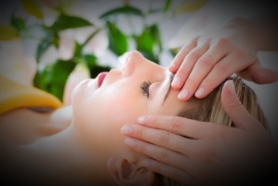 Moraig deWitt - Ayurvedic Facial Lifting Massage
