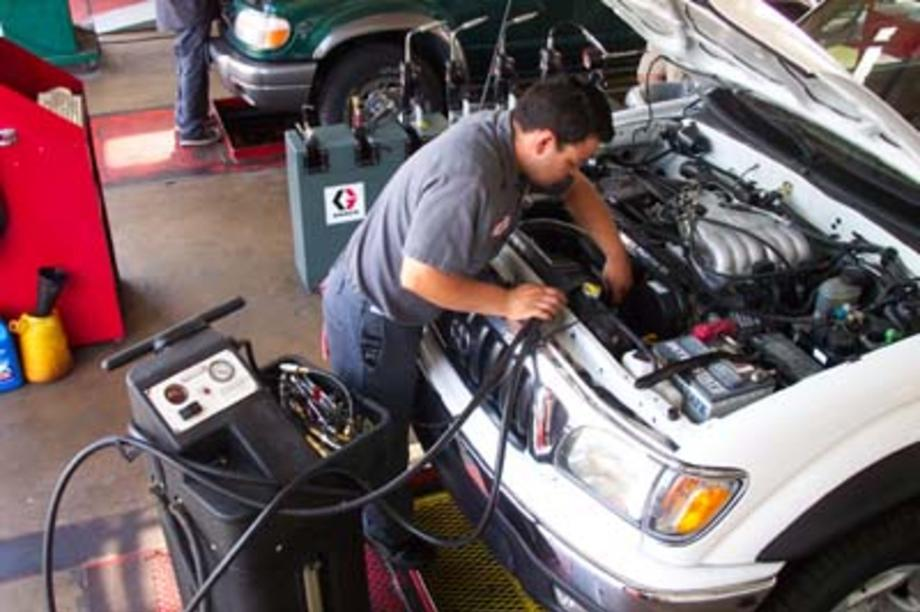 Transmission Flush Services and Cost in Omaha NE | FX Mobile Mechanic Services