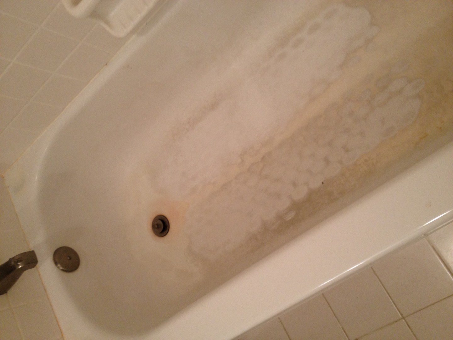 Bathtub refinishing and repair. Fiberglass refinishing and repair.