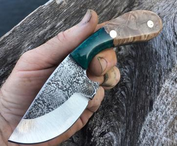 How to easily make a knife from quality blanks. FREE step by step instructions. www.DIYeasycrafts.com