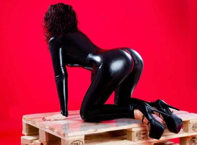 mistress cams, latex cams
