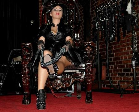 domination mistress, mistresses live