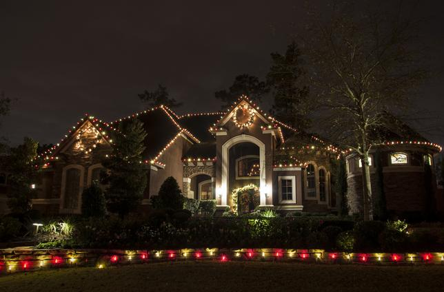 christmas lighting installation in houston dallas - Houston Christmas Decorating Service