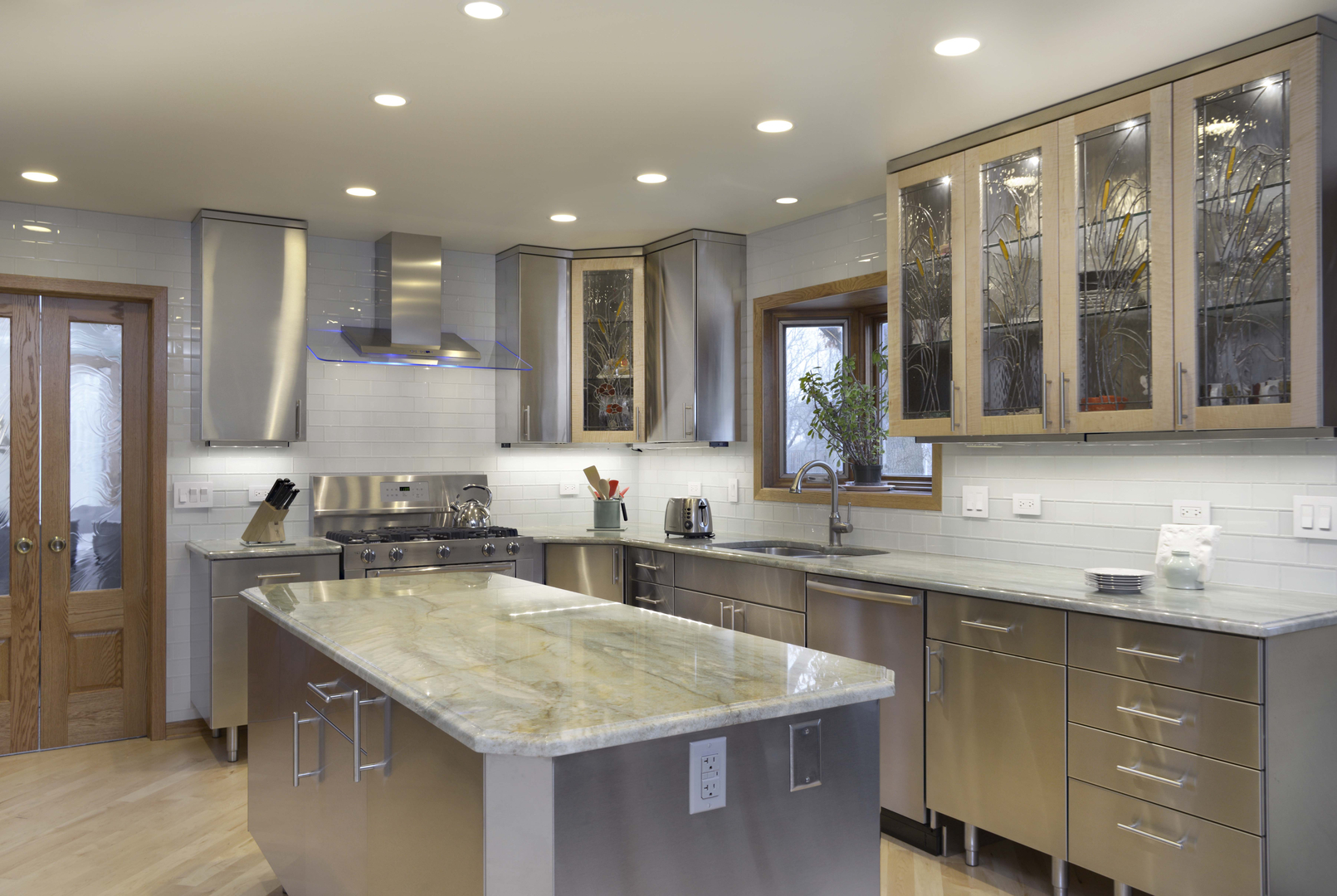 Stainless Steel Kitchen Cabinets: Pictures, Options, Tips & Ideas ...