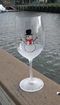 How to make Easy DIY Etched wine glasses. www.DIYeasycrafts.com