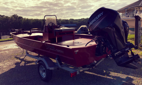 Lowe Roughneck 1860 Center Console with 90HP