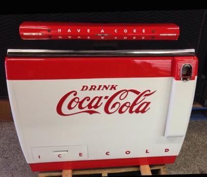 Coca-Cola Cavalier Chest Cooler antique soda machine