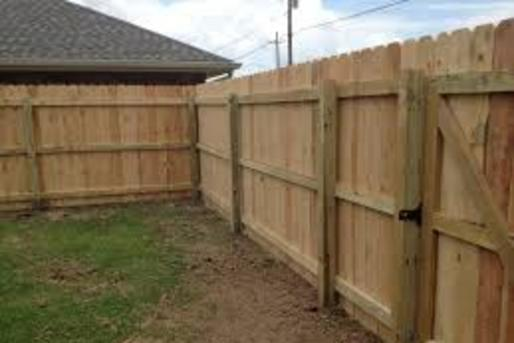WOOD FENCE CONTRACTOR SERVICE WALTON