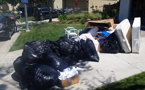 Best Trash Hauling Trash Disposal Company in Lincoln NE | LNK Junk Removal
