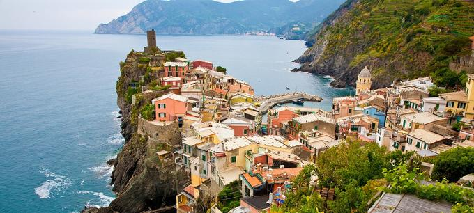 Destination Wedding Site in Cinque Terra Italy
