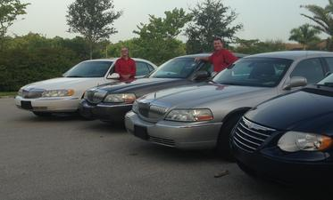 Red Rover Transportation offers town car transportation in Naples and airport transportation from Naples to Fort Myers, Fort Launderdale, Miami, Punta Gorda, Tampa, and anywhere else in Florida