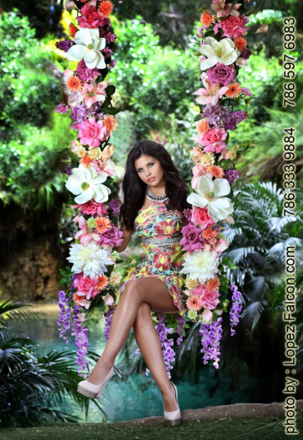 Quinceanera on Swing columpio para fotos de quinceanera en Miami homestead Redland Fl Florida Una Bella locacion en Redland Fl para fotos de Quinceaneras Pictures in Secret Gardens Photo Shoot By Lopez Falcon Best Quinces photographer