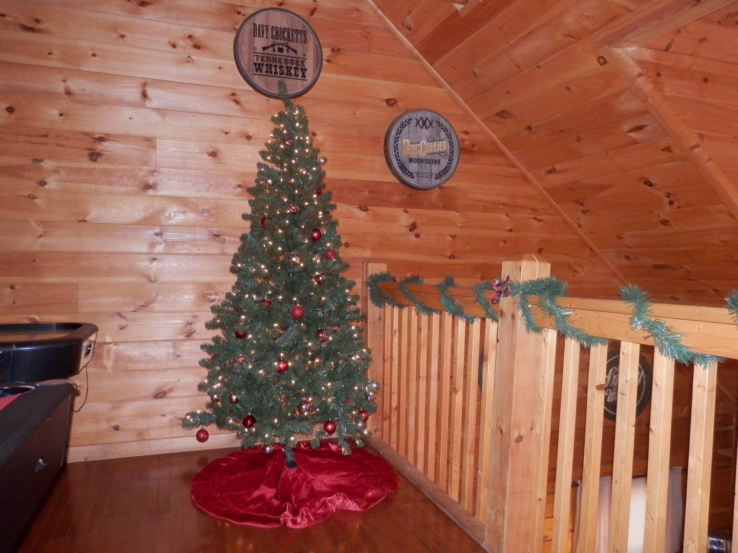 Cabins in gatlinburg tn decorated for christmas - Amenities