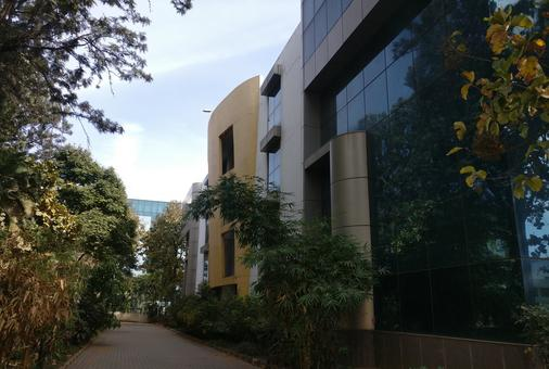 Industrial and lab space in electronic city