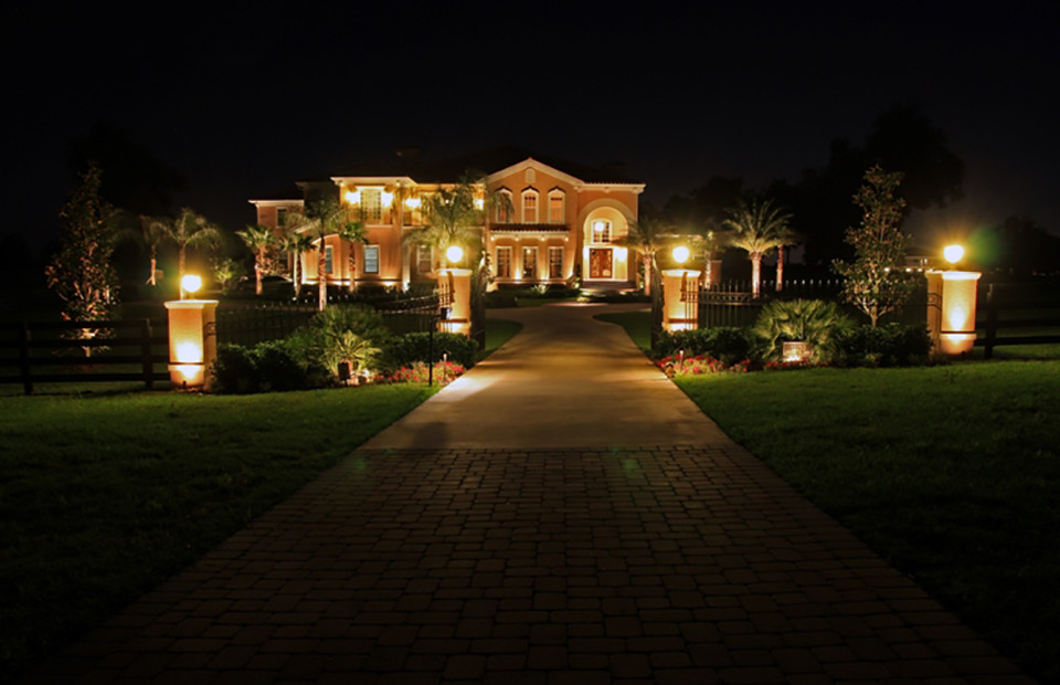 Professional landscape lighting design and installation aloadofball