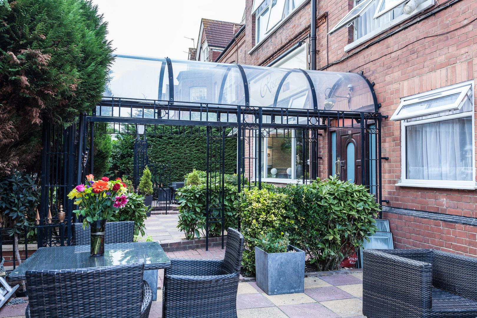 Hotel In Wood Green Alexandra Palace Hotel