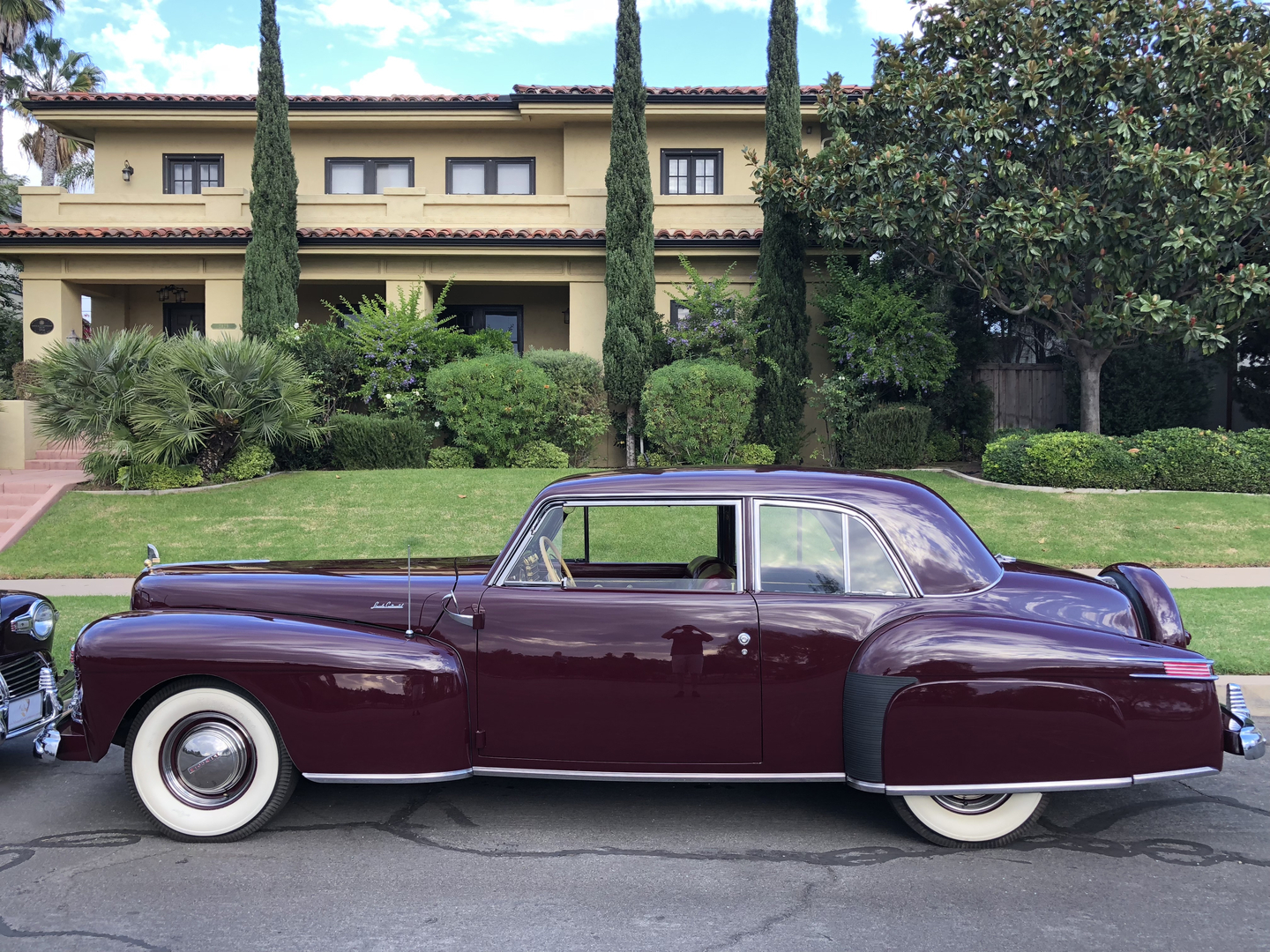 1942 Lincoln Continental Cabriolet Coupe Duo