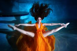 underwater quinceanera photoshoot miami sweet 15 16