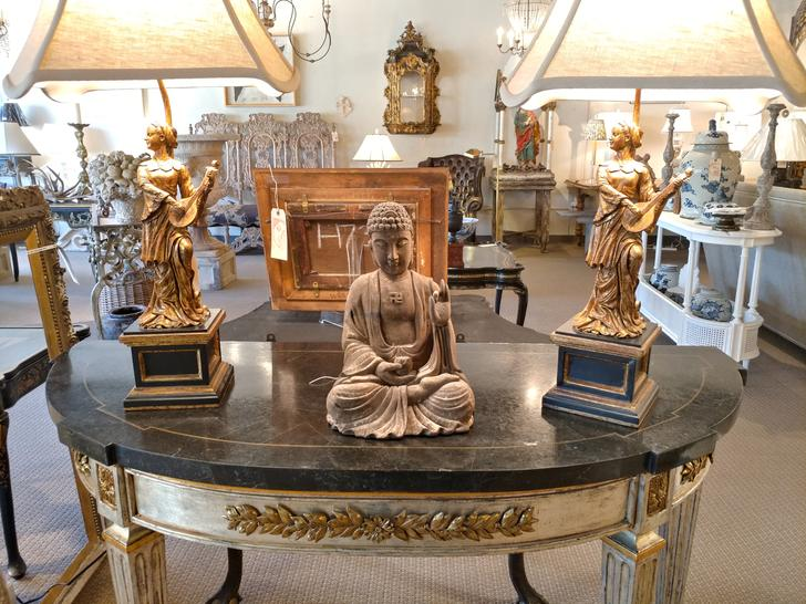TABLE FAUX MARBLE BHUDDHA BUDA BHUDA PAIR pastoral Italian vintage antique table lamps console table House of Tuscany showroom