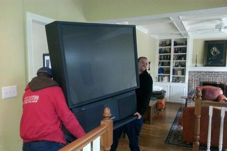 Best Big Screen TV Removal Service in Lincoln NE LNK Junk Removal