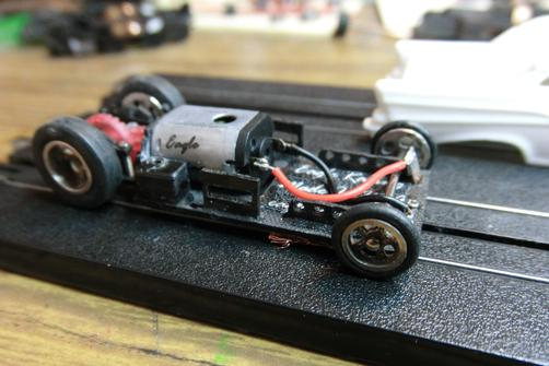 Slot car dragster chassis