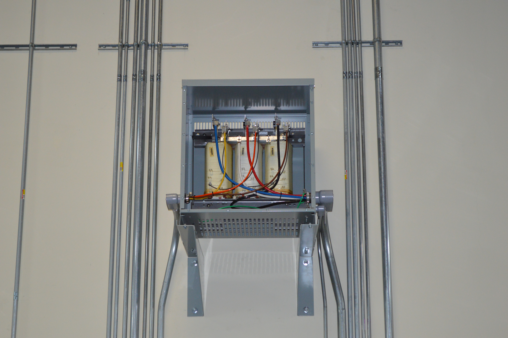 Commercial Electrical Contractors All American Electric Covina Wiring Contractor Specializing In High Voltage Transformers Local Codes Permitting And Safety