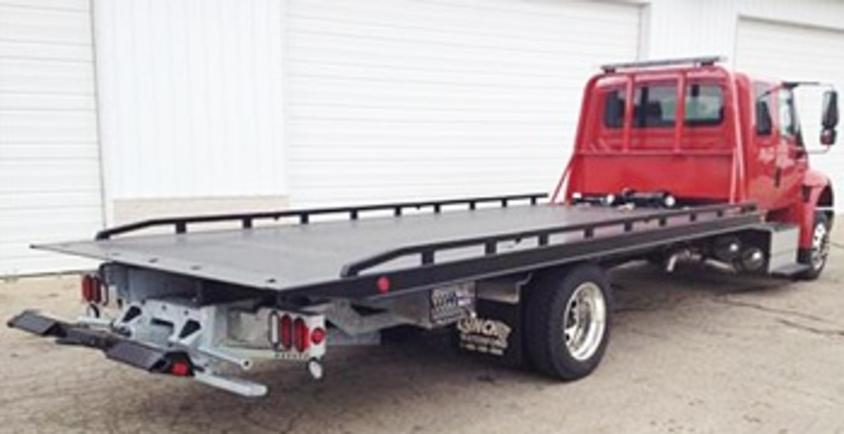 Rollback Towing Services and Cost Omaha, NE| 724 Towing Service Omaha