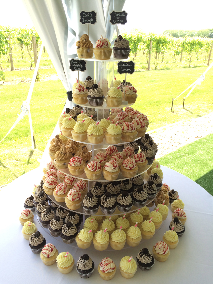 Mimis Cupcakes - Cupcakes, Weddings