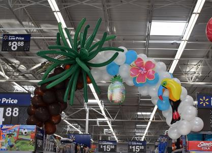 Tiki balloon decor