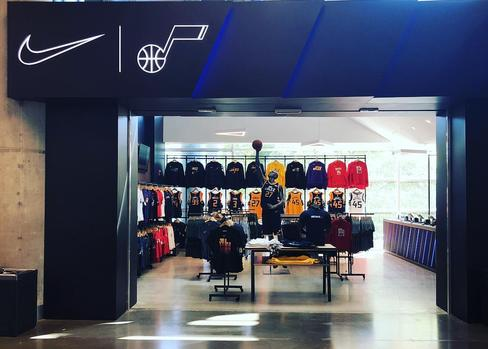Utah Jazz / Vivint Arena Nike Fan shop entrance