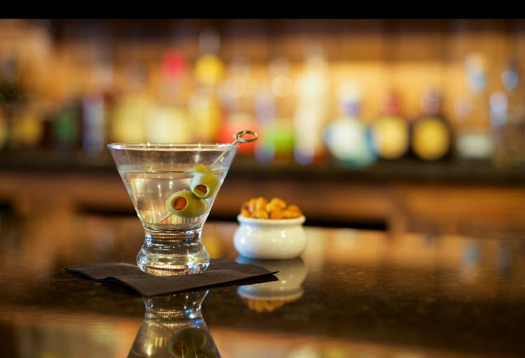 open 6pm 1am daily happy hour 6pm 8pm kitchen 6pm midnight - Haymaker Bar And Kitchen