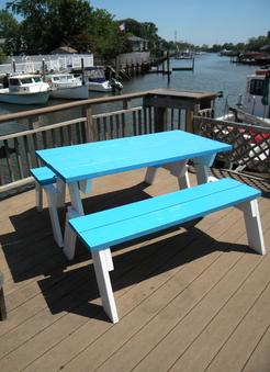 How to make a convertible folding picnic table. www.DIYeasycrafts.com