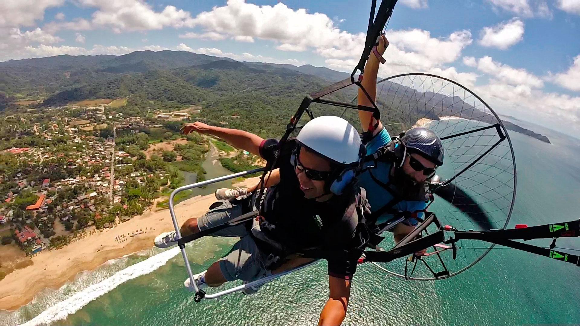 Paramotor flights over Puerto Vallarta