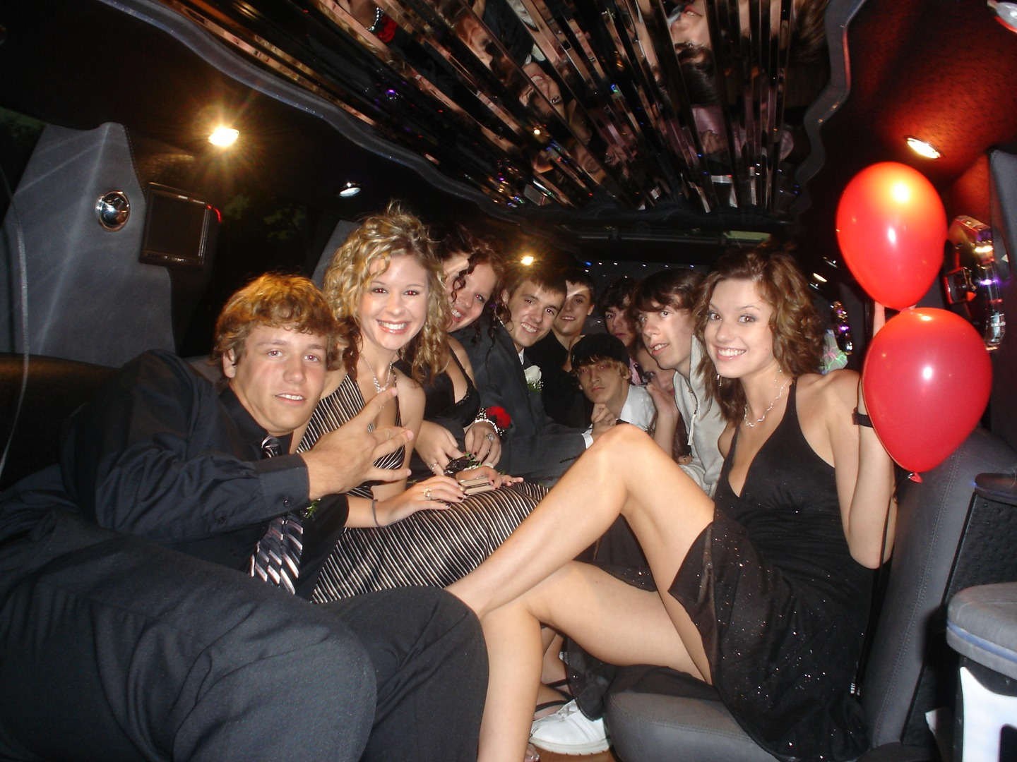 Limo rentals near knoxville - Salem Limo Service Birthday Party Limo Call 541 344 5466