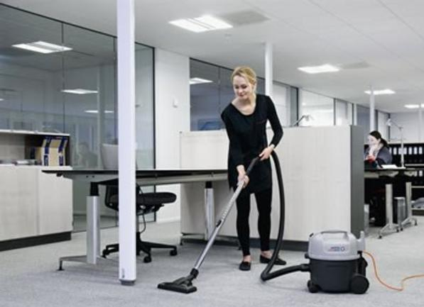 Best Office Vacuuming Service in Omaha NE | Price Cleaning Services Omaha