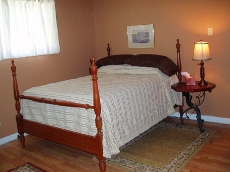 The 2nd bedroom at Blan's House, a furnished, short-term 3-bedroom corporate-rental house in Victoria TX.