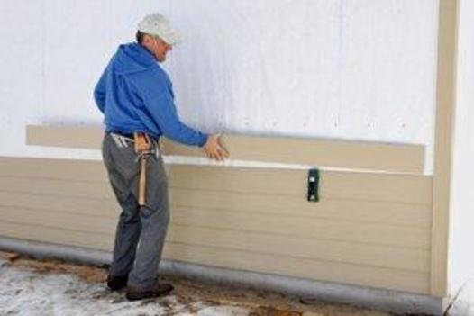 Best Siding Contractor in Lincoln, NE | Lincoln Handyman Services