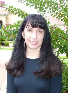 Dee Leone Author Bio