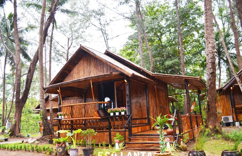 Eco lanta hideaway beach resort koh lanta hotel for Escape cabins koh lanta
