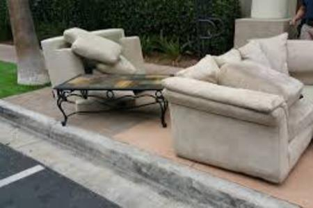 Couch Removal Sofa Removal Sectional Furniture Disposal Lincoln NE | LNK Junk Removal