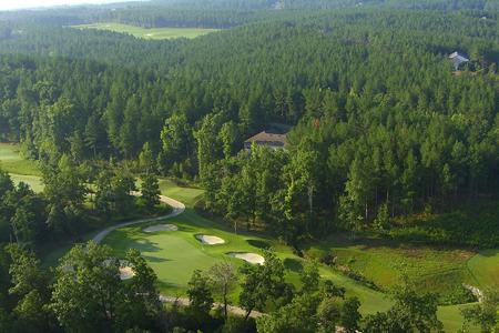 Karen Mallonee Realtor RE/MAX of Hot Springs village - Golf Course Properties