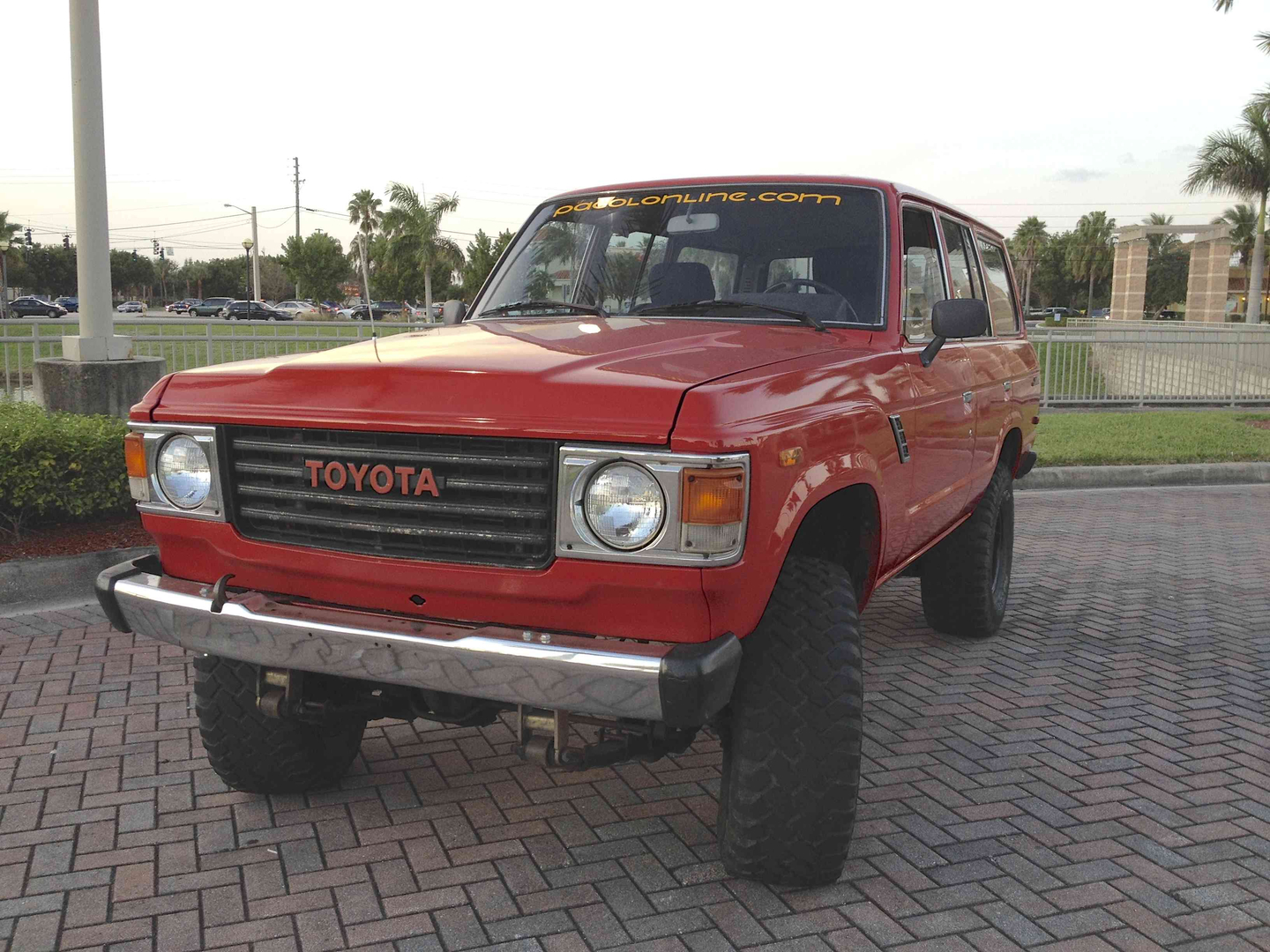 Fj60 1982 Toyota Land Cruiser We Believe The Is Most Comfortable Truck Of Fj Series It Has Space Comfort For A Road Trip With Family And Capability To Go
