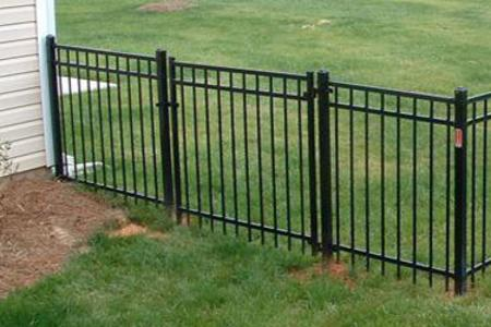 Quality Pet Fencing Services and Cost in Las Vegas | McCarran Handyman Services