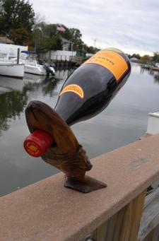 DIY easy Balancing Nautical Fish Shaped Wine bottle stand. www.DIYeasycrafts.com