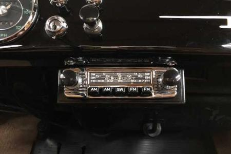 Vintage Blaupunkt Radios and Radio Parts for Classic Cars