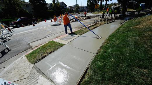 Best Sidewalk Installer Sidewalk Contractor and Cost in Lincoln NE | Lincoln Handyman Services