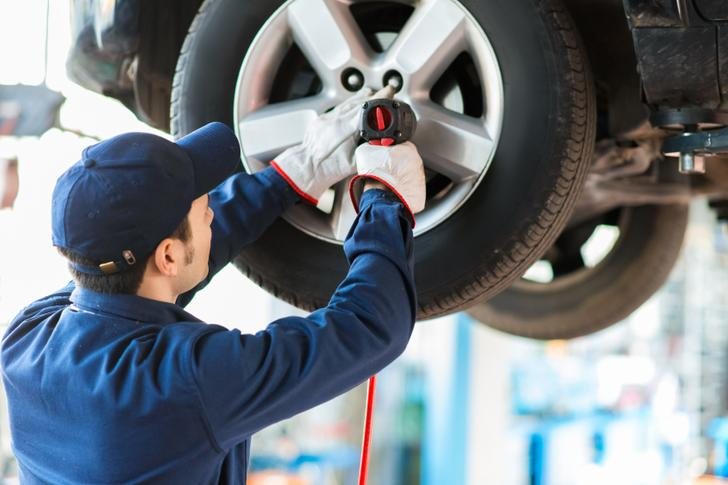 Tire Change and Repair Services in Omaha NE | 724 Towing Services Omaha