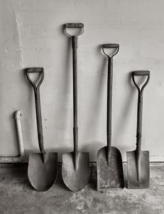 Generations of Shovels