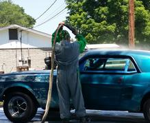 Technician doing power blast cleaning service in Kingsport, TN